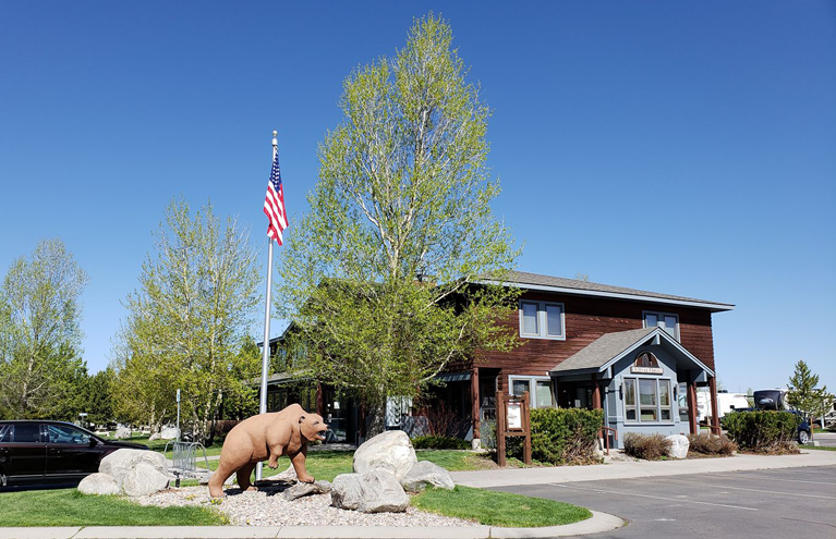 Yellowstone Grizzly RV Park Registration
